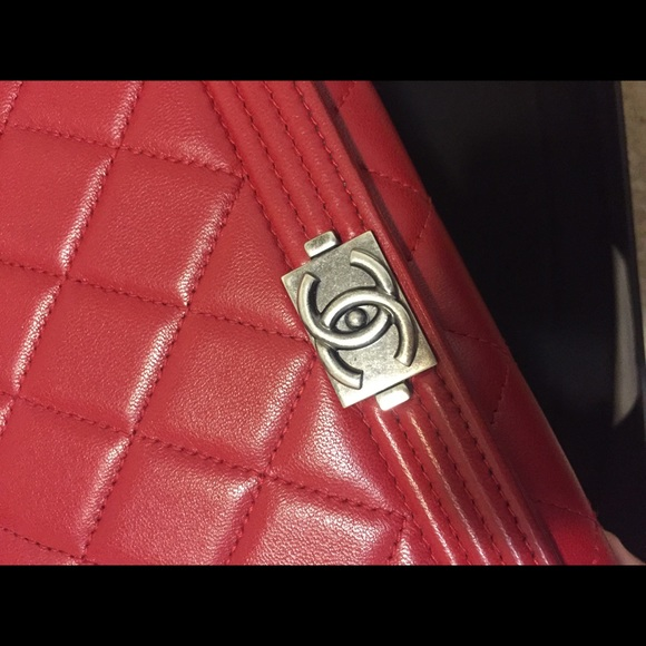855f061bedcad Chanel wallet on chain